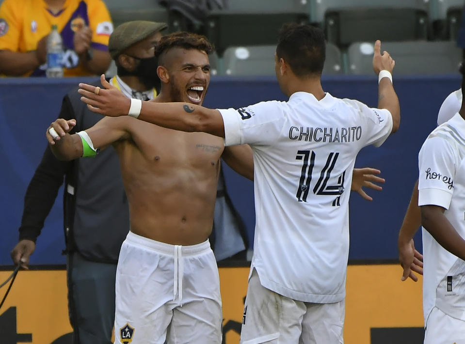 The Galaxy won yet another El Tráfico at home thanks to heroics from star players like Jonathan dos Santos, left, and Javier