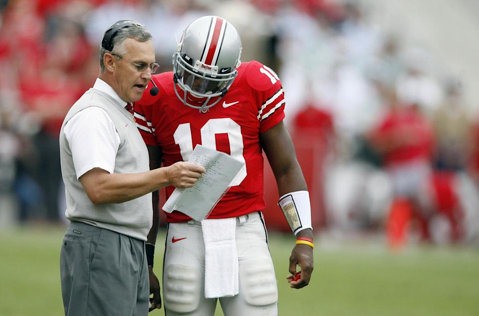WATCH: Former Ohio State quarterback Troy Smith reveals that he calls Jim Tressel 'dad'
