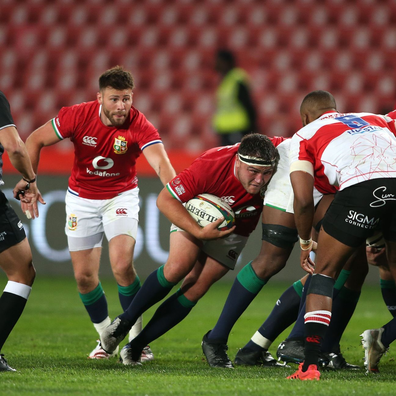 Wales miss penalty to draw with Argentina
