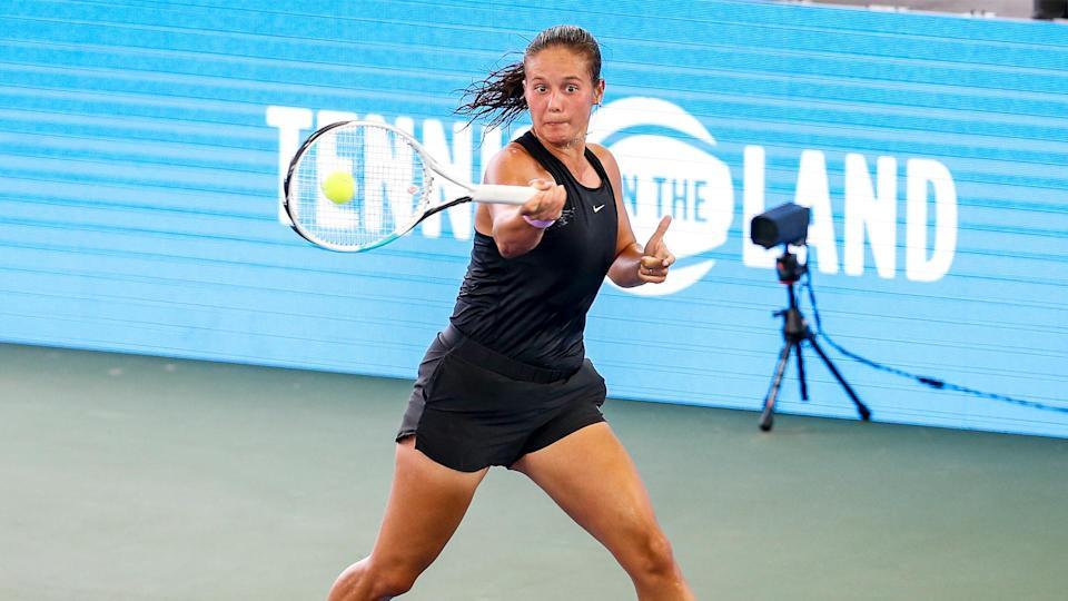 Tennis in the Land top seeds Kasatkina, Kontaveit advance