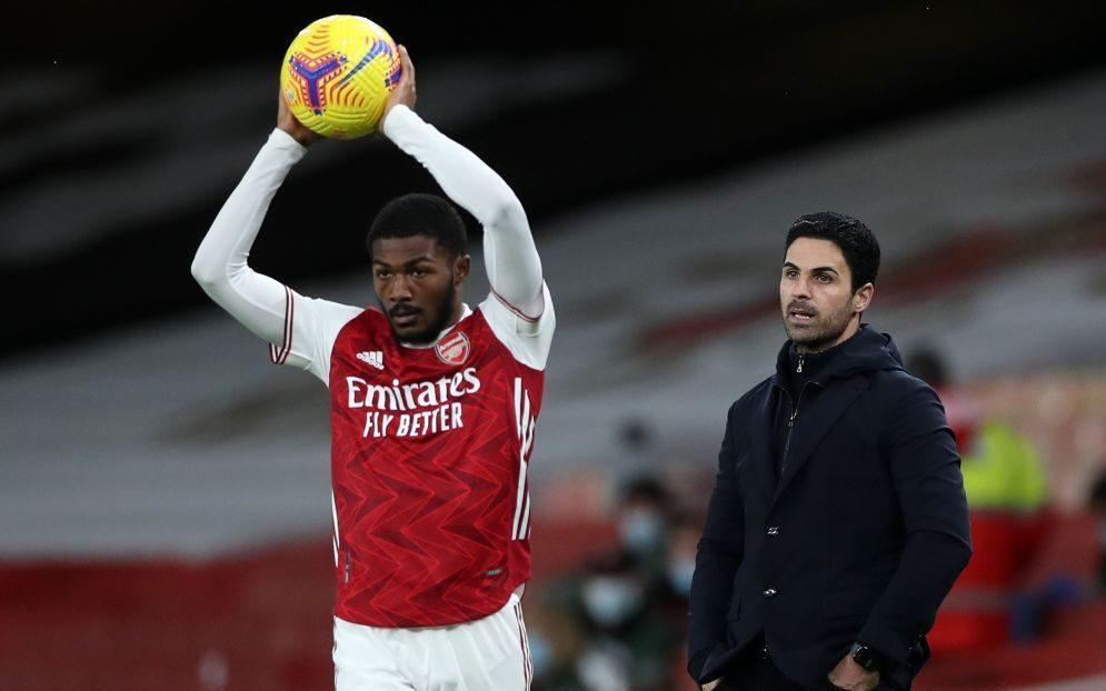 Maitland-Niles hits out at Arsenal amid Everton interest