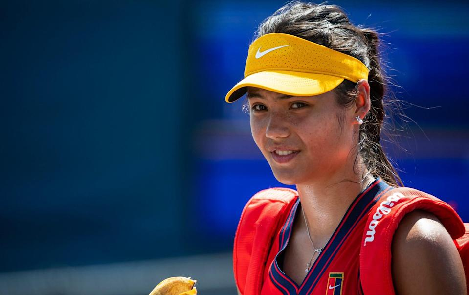 Emma Raducanu survives 35-degree New York heat to keep US Open main draw dreams alive - GETTY IMAGES