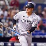 MLB DFS Picks: Spotlight Pitchers & Top Stacks for Tuesday, Sept. 21