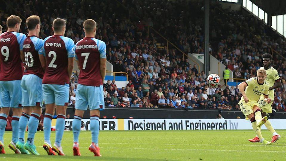 WATCH: Odegaard free kick cuts Burnley with inch-perfect precision