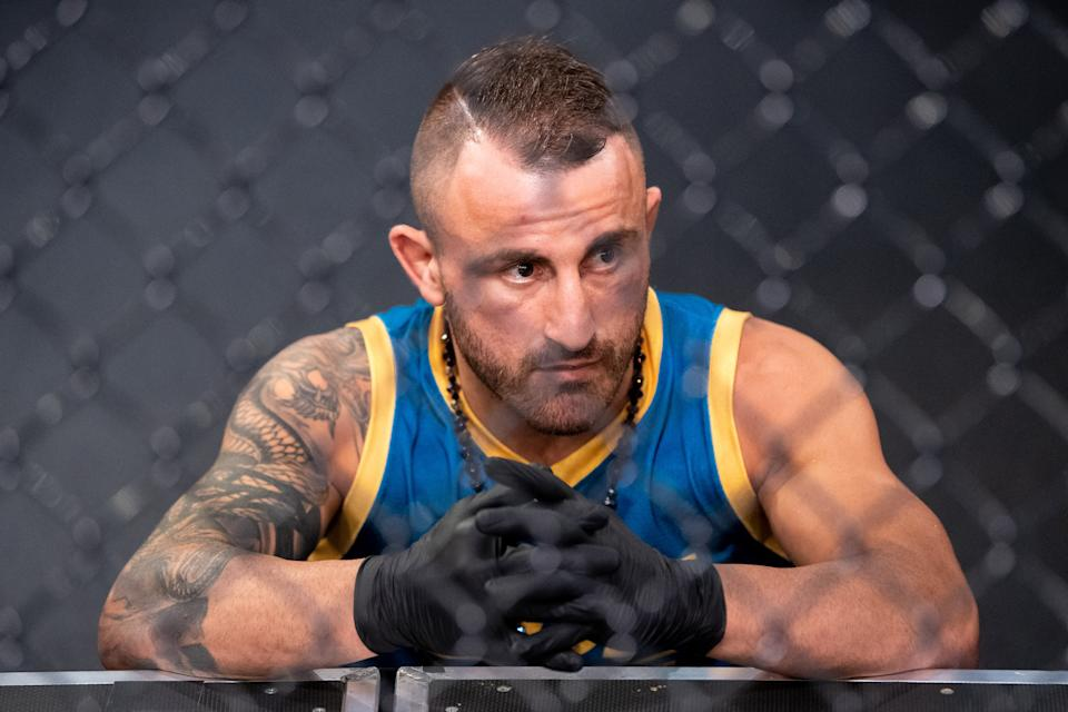 LAS VEGAS, NEVADA - MAY 20:  Coach Alexander Volkanovski looks on during the filming of The Return of The Ultimate Fighter at UFC APEX on May 20, 2021 in Las Vegas, Nevada. (Photo by Chris Unger/Zuffa LLC)