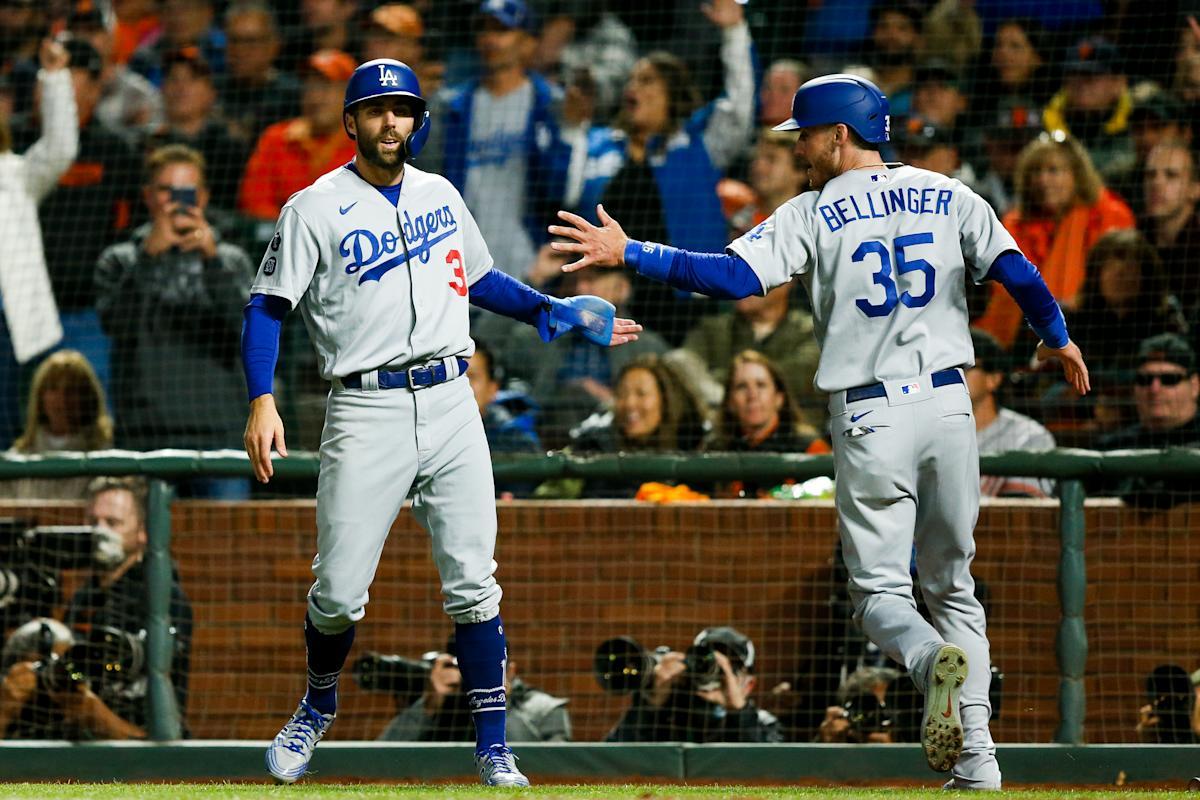 Dodgers bats come alive in San Francisco