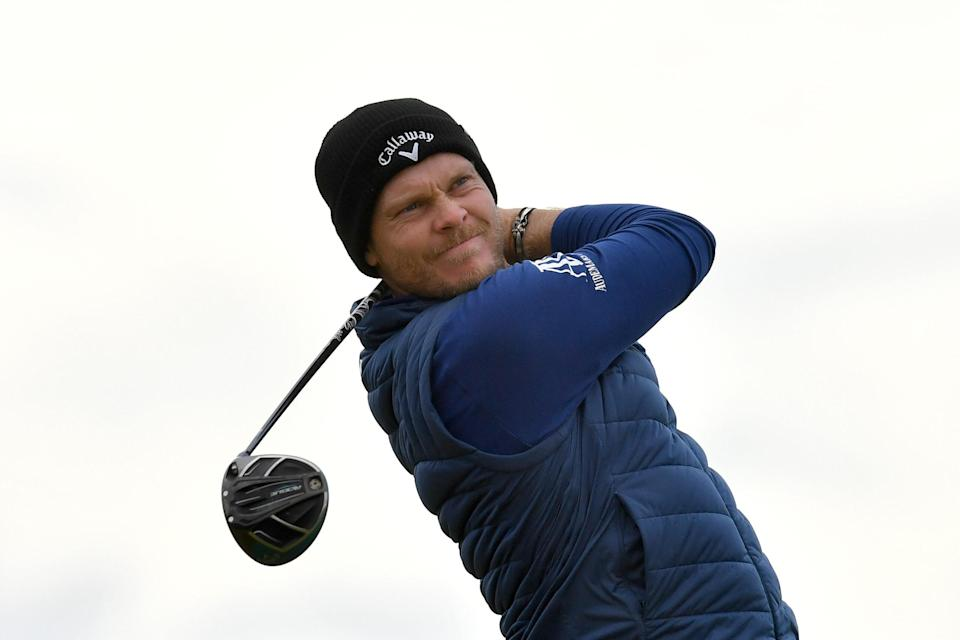 Danny Willett leads Alfred Dunhill Links Championship; Tyrrell Hatton and Shane Lowry in striking distance