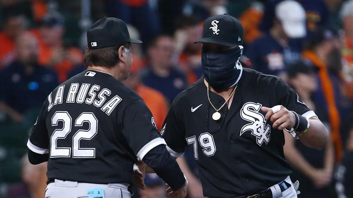 White Sox' José Abreu confident Tony La Russa will return in 2022