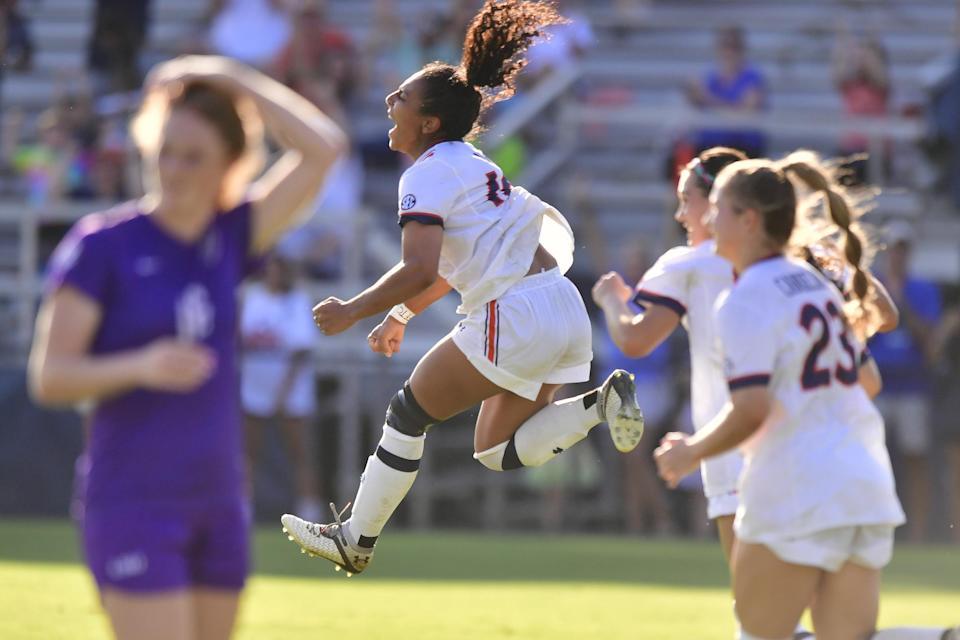 No. 22 Auburn downs LSU on Arias' golden goal