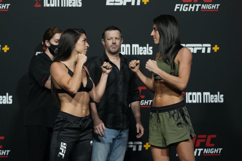 Rodriguez strikes her way to win over Dern